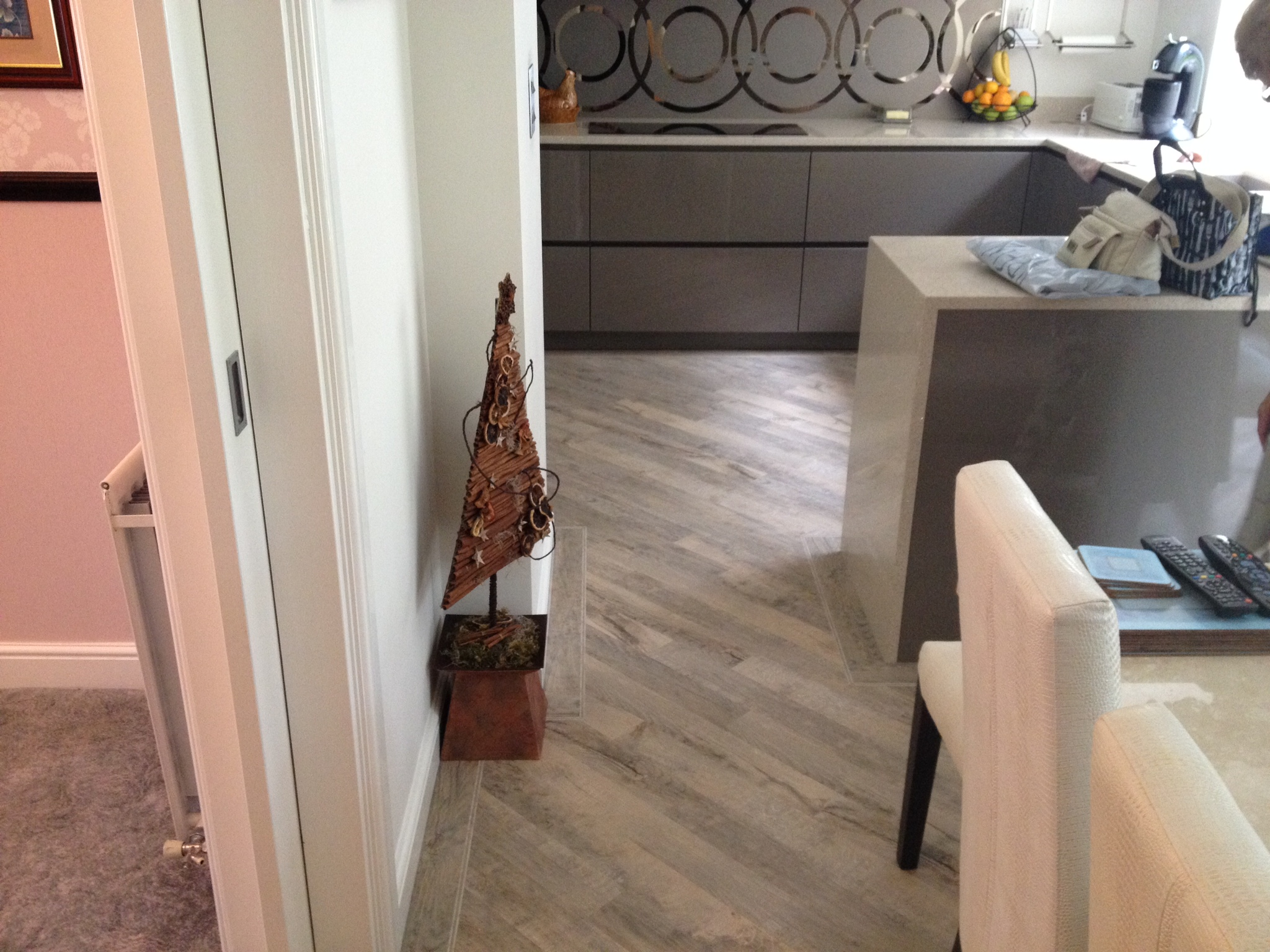 Karndean Kitchen Flooring Whats Trending In Flooring Crowe Flooring Ltd Quality